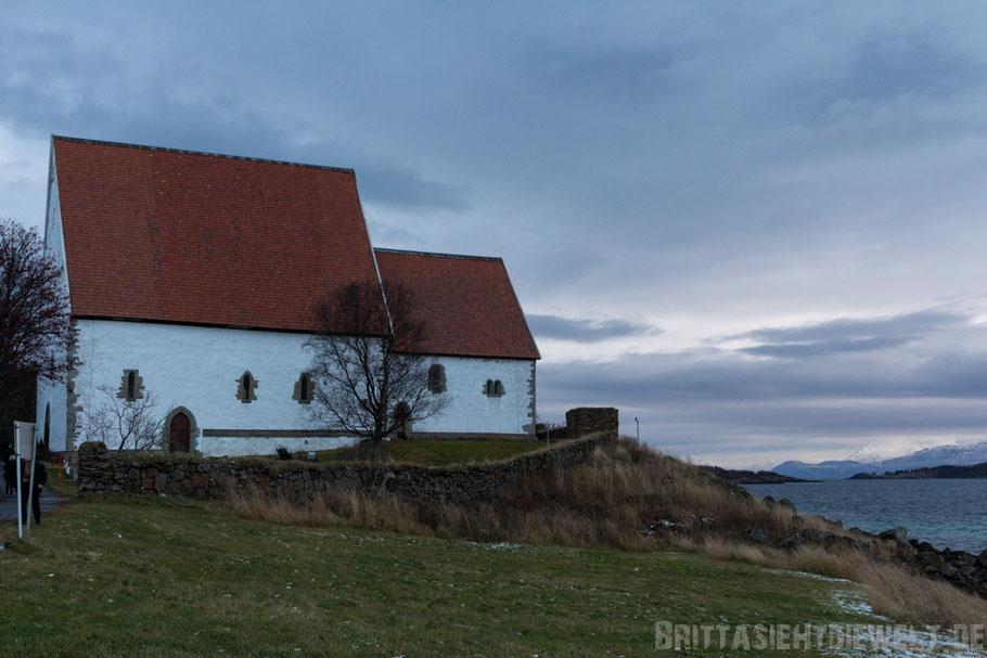 Trondenes,Kirke,Kirche,Harstad,Vesterålen,Hurtigruten,Panorama,Norwegen,ms,Midnatsol, Postschiff,Winter,November,Tipps