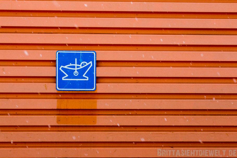 Akureyri,Iceland,supermarket,family,north,car,snow,tipps,winter,february