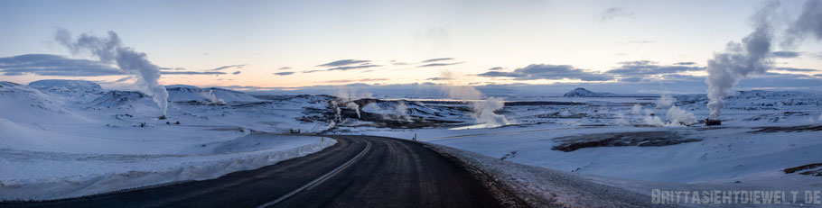 iceland,tipps,car,winter,february,north,myvatn,street,ice,snow,panorama,view