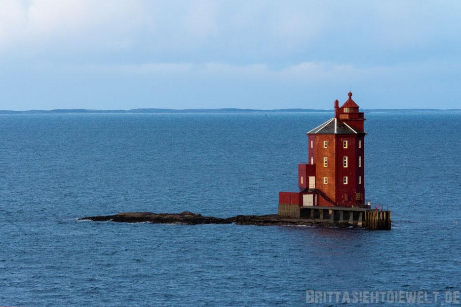 Leuchtturm,Kjeungskjær,Trondheimfjord,Hurtigruten,Postschiff,Norwegen,Infos,Tipps,Licht