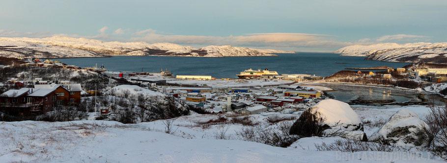 Kirkenes,Hurtigruten,Hafen,MS,Midnatsol,Postschiff,Panorama,Meer,Tipps,Winter,November
