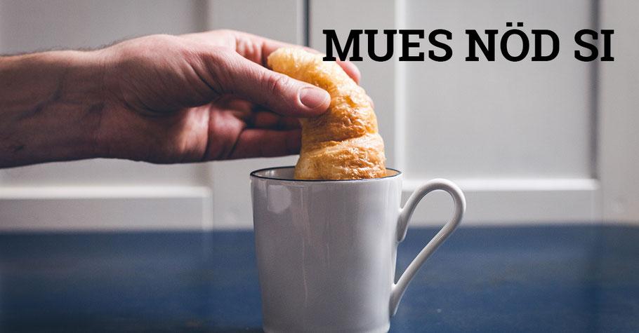 Kaffee mit Gipfeli