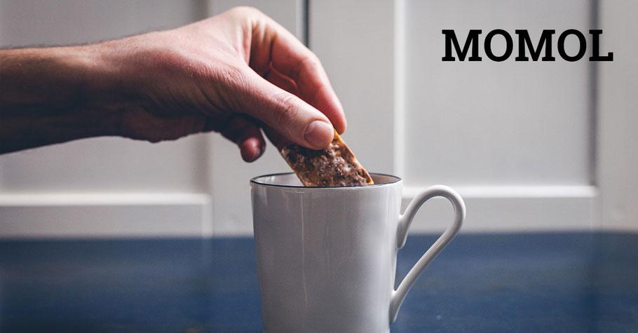 Kaffee mit Basler Leckerli