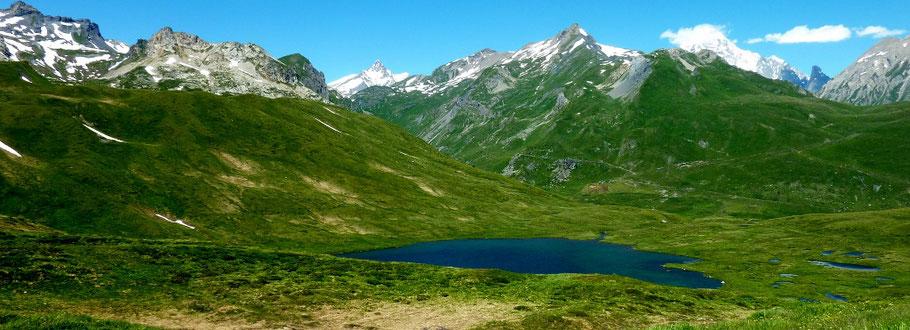 col du Petit Saint-Bernard 2 188 m (AU BOUT DES PIEDS)