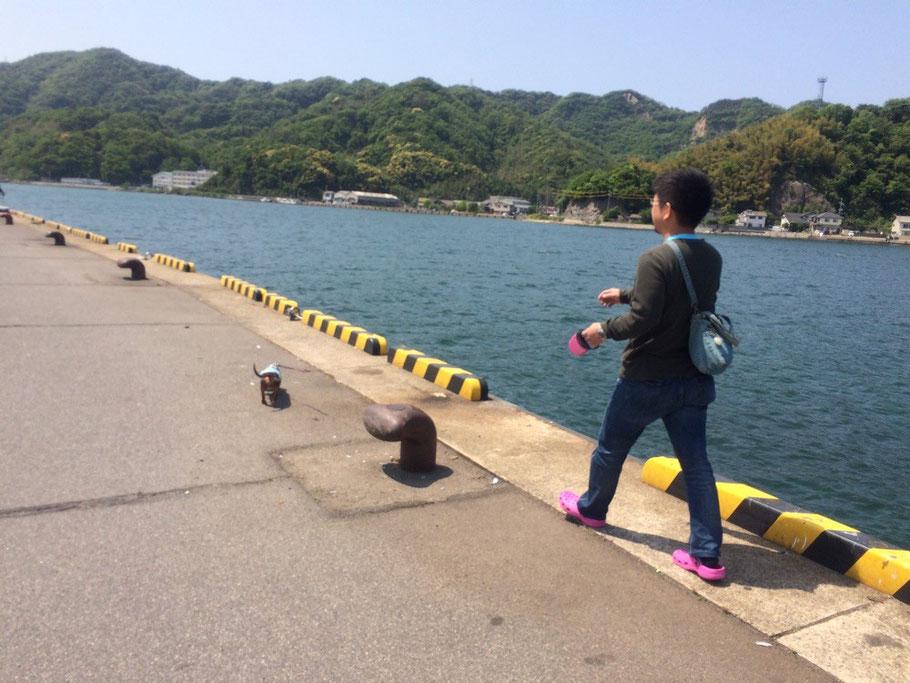 Back in Tokio:時間あったので海までお散歩。空気が美味しく、海が青い☺︎