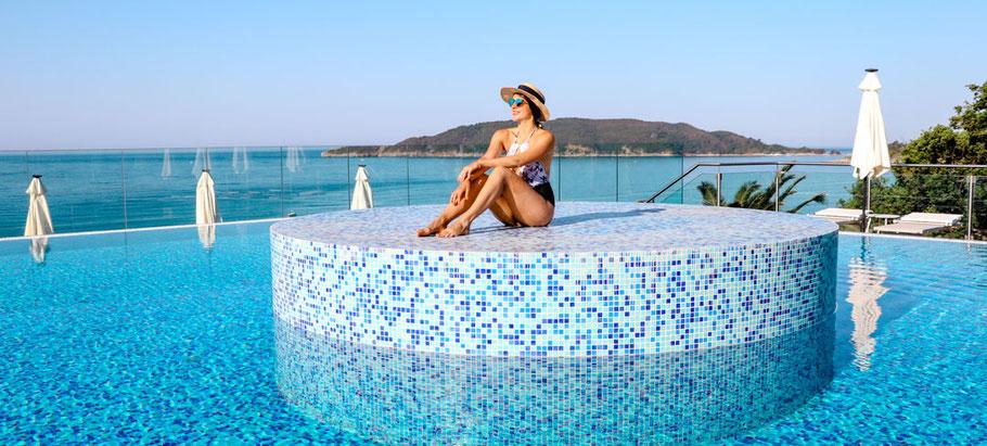 Pool im Falkensteiner Hotel Montenegro