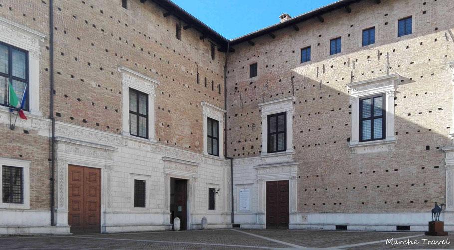 Urbino, Palazzo Ducale, ingresso Galleria Nazionale delle Marche