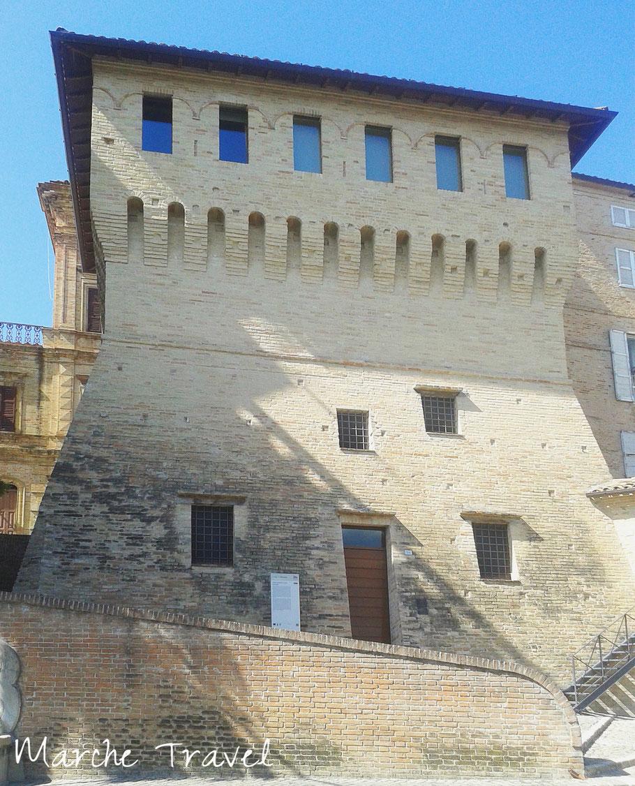 Montefano, Torrione quattrocentesco