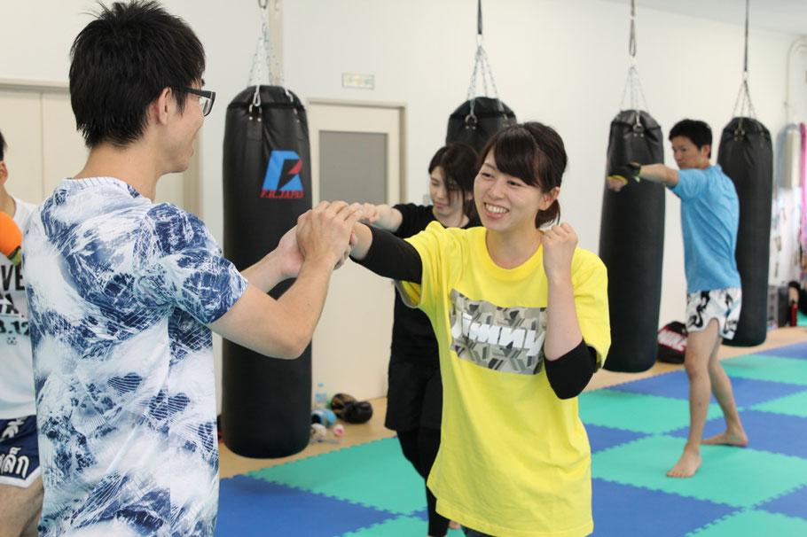 仙台市泉区のタカギムエタイ教室です。安心安全を最優先に楽しく体を鍛えましょう。さあみなさんも、レッツムエタイ!