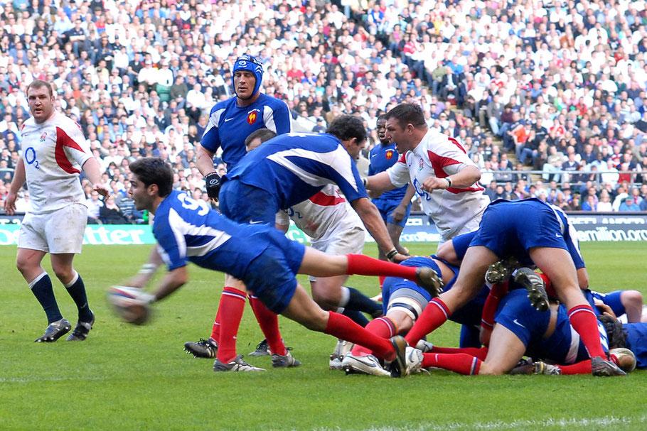 11 Mars 2007 Malgré le soleil printanier de twickenham les français en quète de grand chelem sous le régime  de la douche anglaise