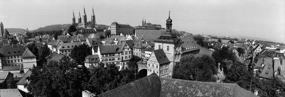 Bamberg in schwarz-weiß als Panorama-Photographie