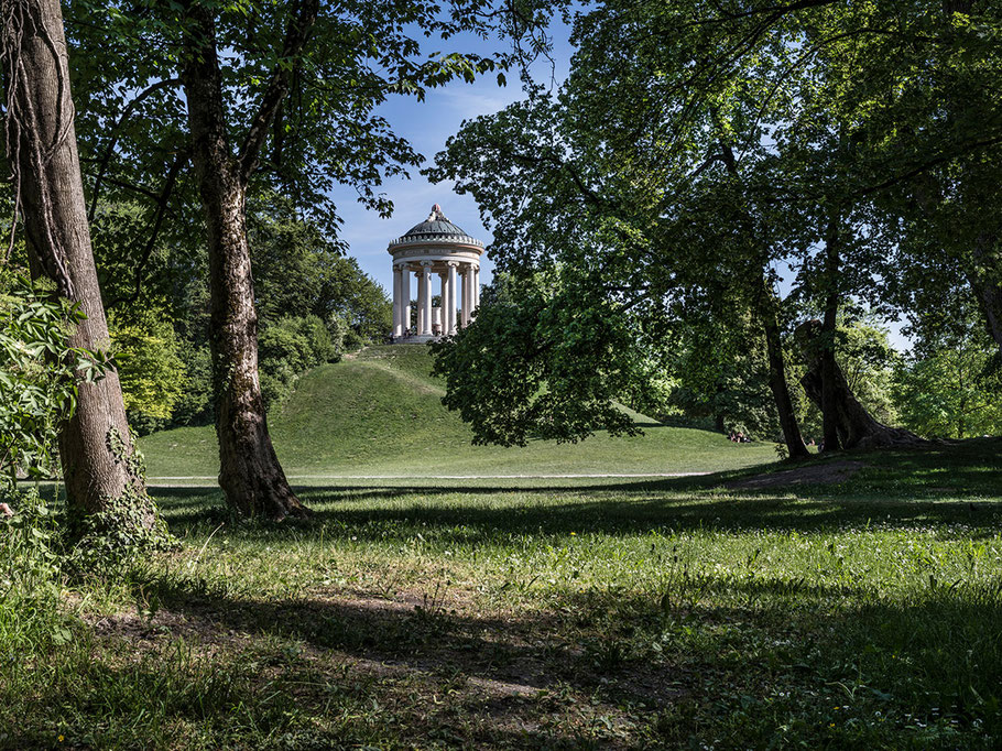 Englischer Garten mit Monopteros 2018 als Farb-Photographie, Muenchen