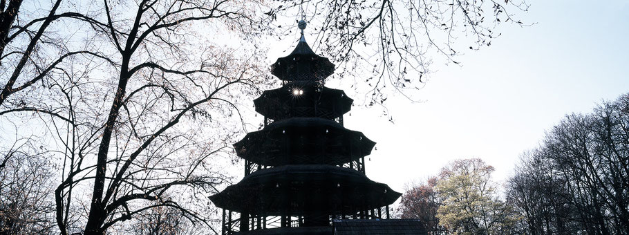 Chinesischer Turm in color als Panorama-Photographie, München