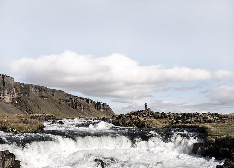 Landschaftsaufnahme in der Nähe von Skogar als Farb-Photographie, Island/Iceland
