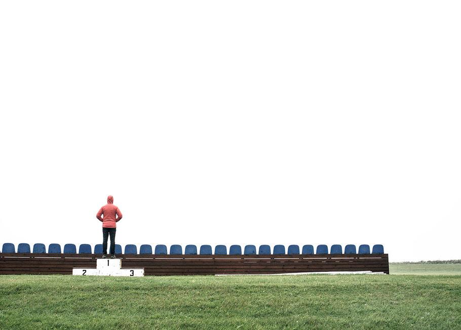 Sportplatz von Vik als Farb-Photographie, Island/Iceland