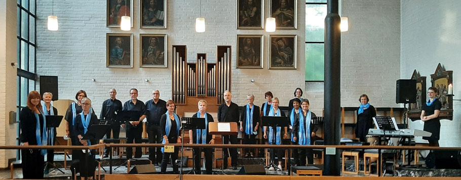 Auftritt beim Firmgottesdienst durch Weihbischof Karl Borsch in St. Vincentius Wegberg-Beeck am 18. Sept. 2021