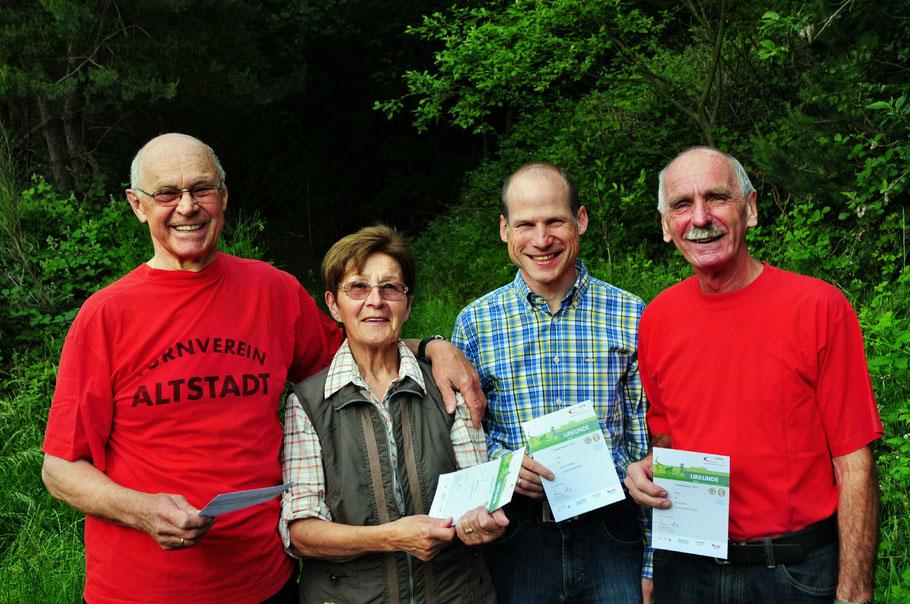 Hans Joachim Posten, Brigitte Vester, Jochen Scheibler und Bernd Binkle waren die Jubilare des Jahres 2014.