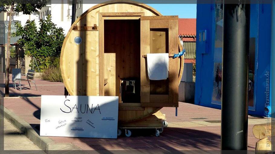 Einladung zur Sauna am Wegesrand.