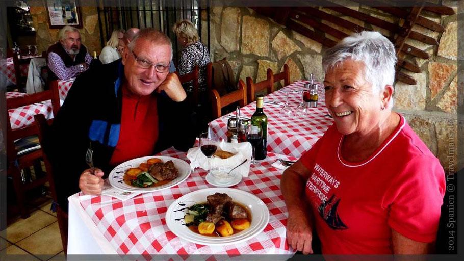 Heinz und Monika treffen die Travelmäuse im Il Fratelli!  (Foto genehmigt.Danke.)