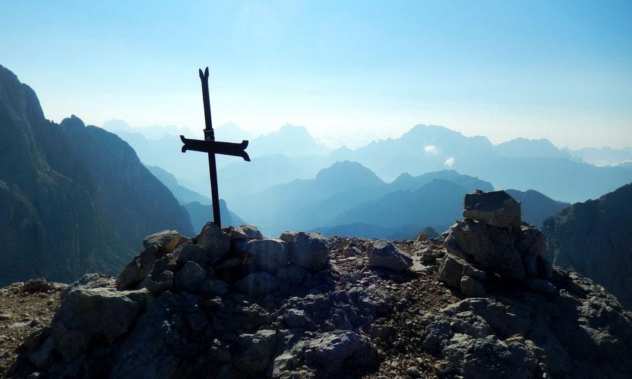 Blick vom Gipfel der Cima Ombretta, 3011 M, in die östlichen Dolomiten