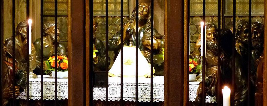 Jesus mit seinen Jüngern - Seitenkapelle im Freiburger Münster