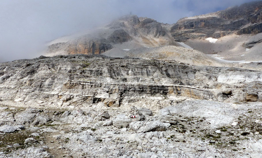 Nordflanke und Gipfel des Piz Boè, 3152 M
