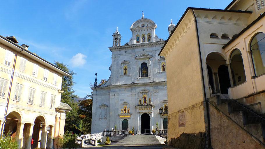Der Jungfrau Maria geweihte Wallfahrtsbasilika auf dem Sacro Monte di Varallo