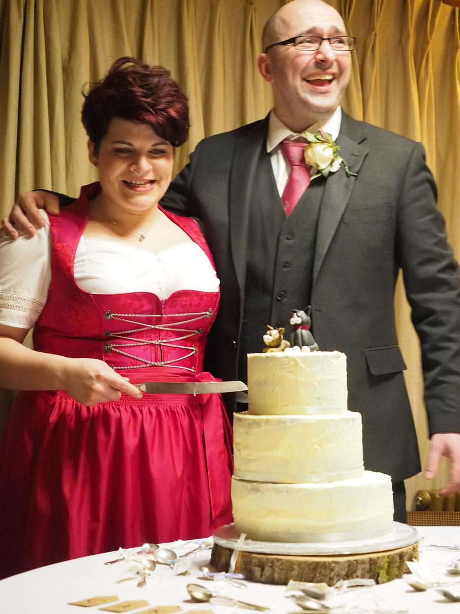 Die Hochzeit von Noreen und Matthew... auf's Bild klicken für mehr Fotos.