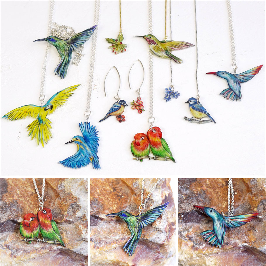 Fein gezeichnete Sternelfen-Ohrringe sind - neben Kolibri-, Pfirsichköpfchen- und Eisvogel-Ketten - in meinen Shop geflogen. :: Finely drawn calliope hummingbirds as earrings have flown into my shop alongside hummingbird, lovebird and kingfisher chains.