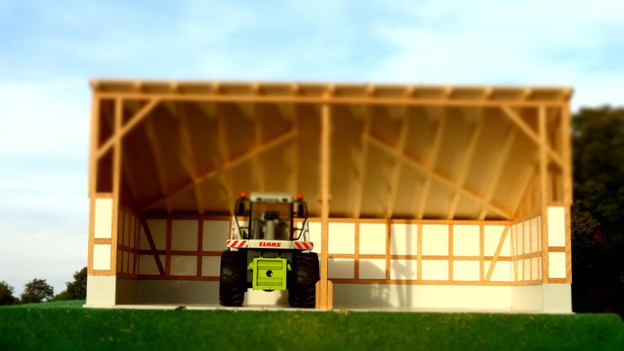 Maschinenhalle für Bruder Traktoren