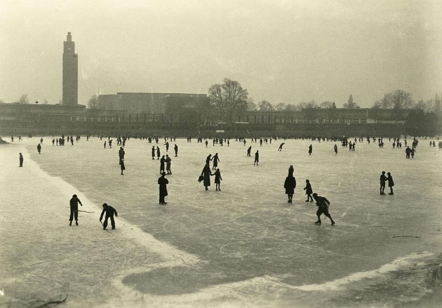 Schlittschuhlauf auf dem Adolf-Mittag-See