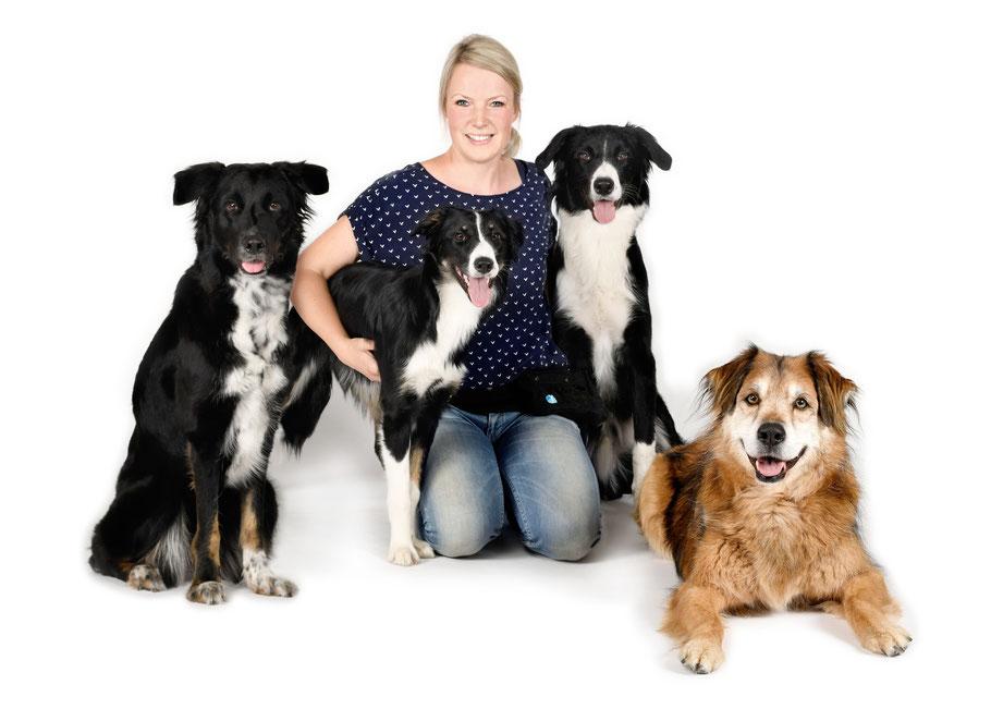 Nadine mit Leni, Lila, Buck und Leo (von links nach rechts)