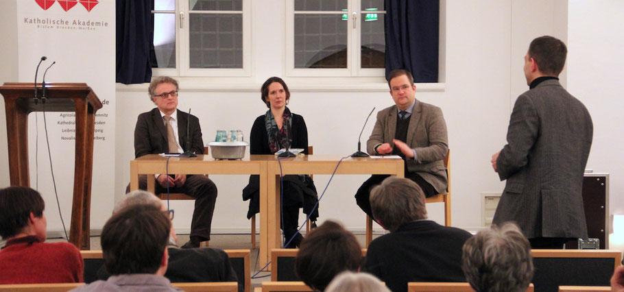 """mit Prof. Karlheinz Ruhstorfer und Prof. Holger Zaborowski bei """"Klassiker Kontrovers  - Martin Heidegger"""",  Dresden"""
