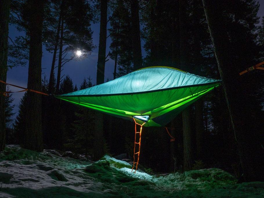 Test tente dans les arbres : Génial..!  Venez l'essayer. 3 places