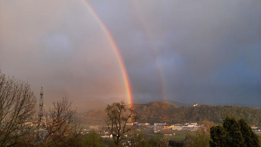 Doppelregenbogen erschienen über Salzburg