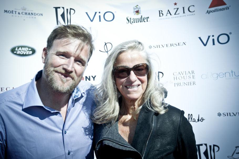 Gastgeber Brian Bojsen mit Kaschmir-Queen Iris von Arnim