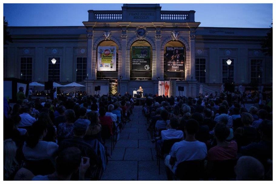 O-Töne Literaturfest im Museumsquartier Lesung Ingrid Kaltenegger