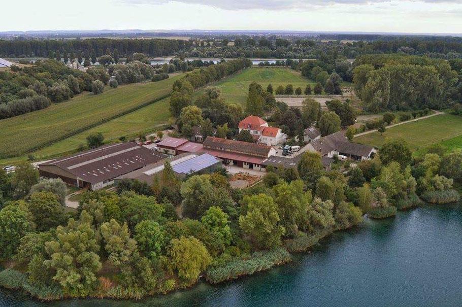 Luftbild der Anlage des Reitclubs Speyer.