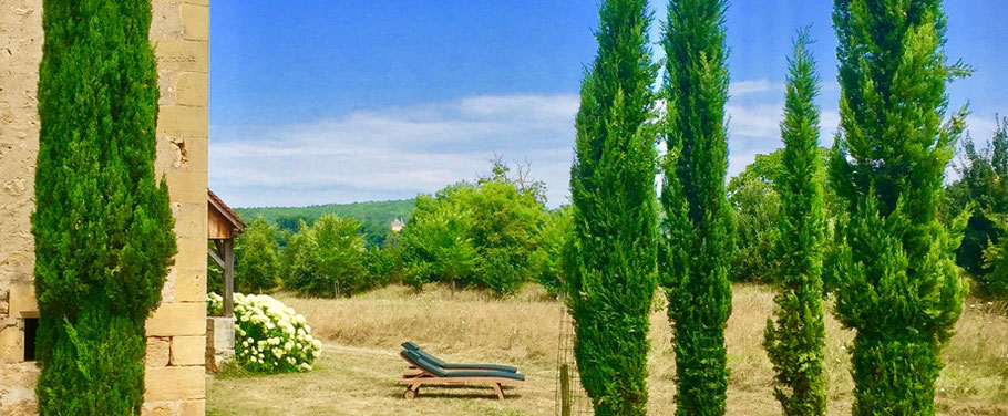 Location Vacances en Périgord | Demeure de La Bourgeoisie | Maison avec piscine entourée de nature