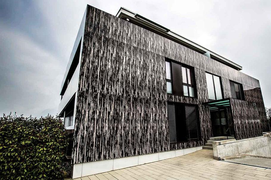 Immobilienfotos - Modernes Mehrfamilienhaus