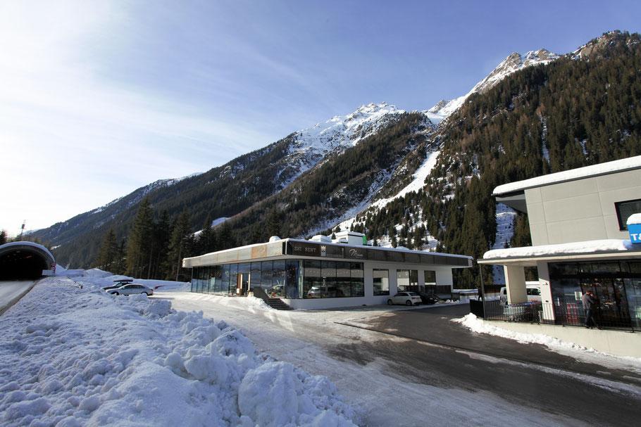 Luis Diner Restaurant & Bar zwischen Kappl und Ischgl | Gratis Parkplätze vorhanden.