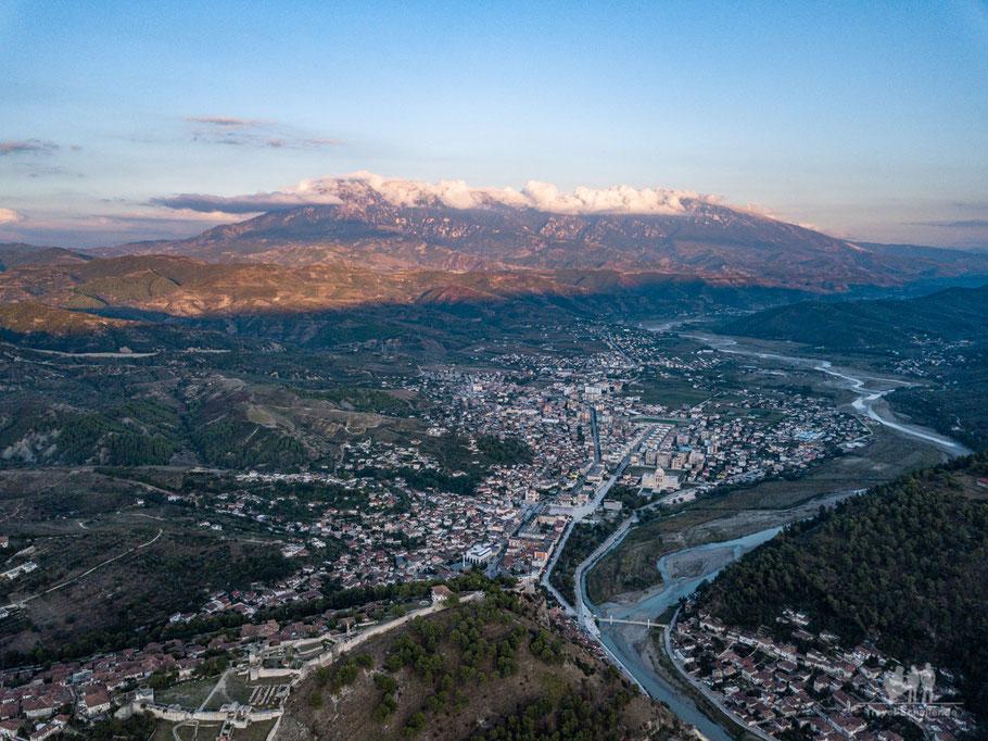 Albanien: Berat > Tomorr