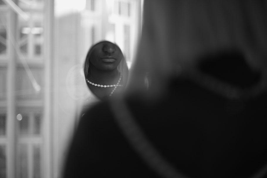 labhart chronometrie st.gallen natürliche sinnliche akt fotografie schmuck glamour fotograf portrait genuin fotografie perlen
