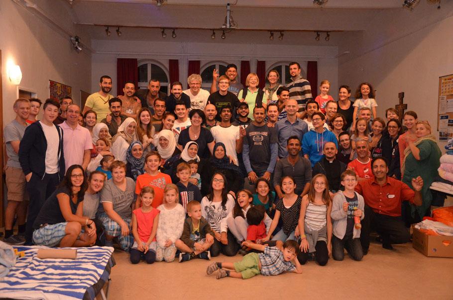 Helferteam und Flüchtlinge feierten gemeinsam ein Abschiedsfest.