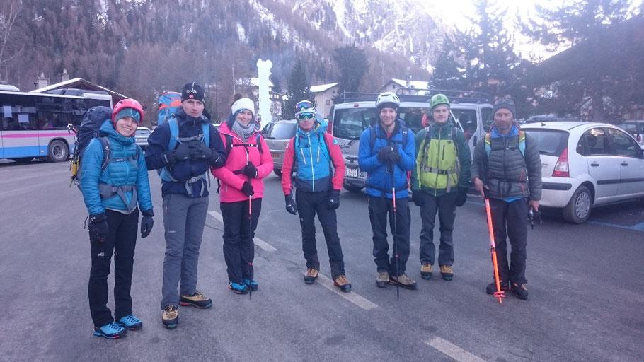 Dans l'ordre de gauche à droite : Lucia / Guillaume Foesser / Flora / Guillaume/ Lucas / Martin / Fabien