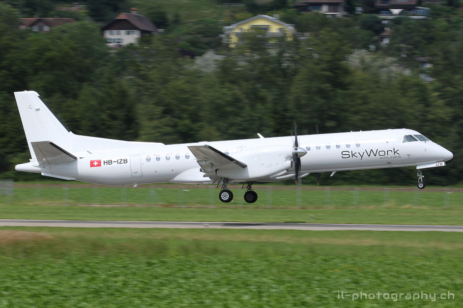 Saab S2000 der Sky Work Airlines in Bern.