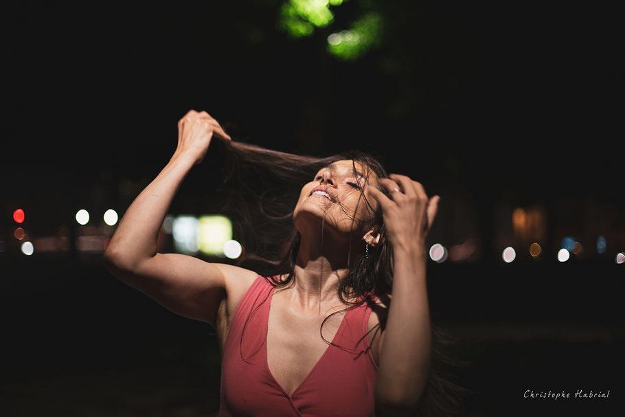 Photographe de portrait de nuit