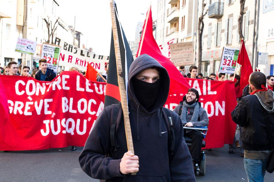 Manifestation contre la  Loi travail Clermont Ferrand