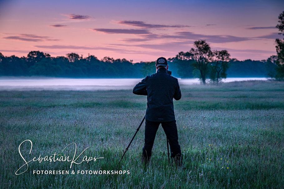 Fotograf oder Psychologe in der Landschaft