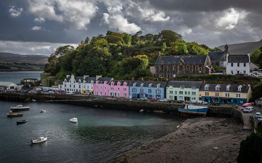 Portree - mit etwa 3000 Einwohnern die größte Stadt auf der Isle of Skye